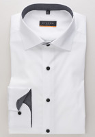 Eterna Hemd SLIM FIT UNI STRETCH weiss mit Classic Kent Kragen in schmaler Schnittform