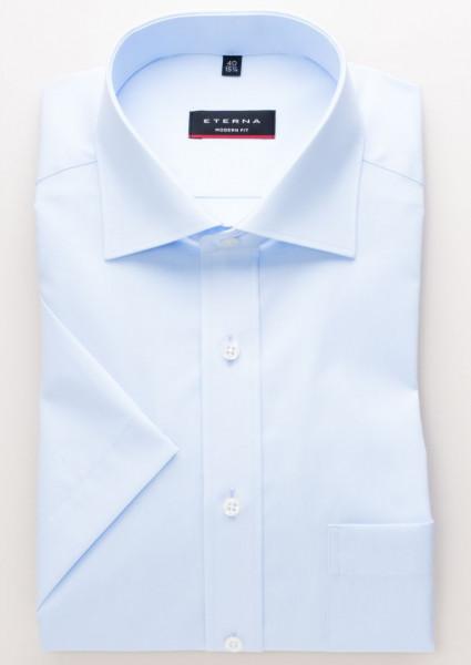 Eterna Hemd MODERN FIT UNI POPELINE hellblau mit Classic Kent Kragen in moderner Schnittform